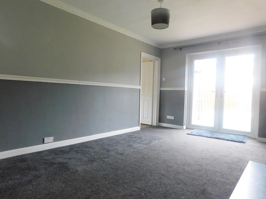 3 bed house for sale in Maes Y Pergwm, Glynneath, Neath  - Property Image 3