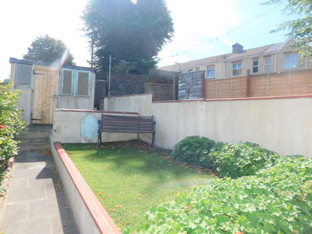 3 bed house for sale in George Street, Neath 15