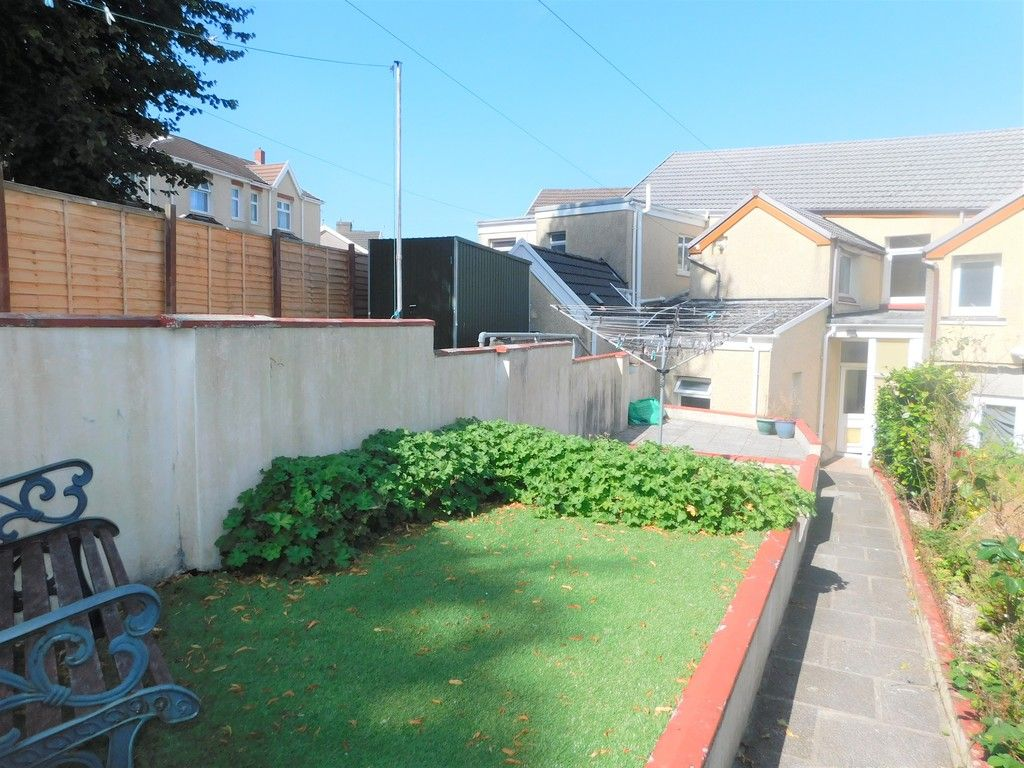3 bed house for sale in George Street, Neath 16