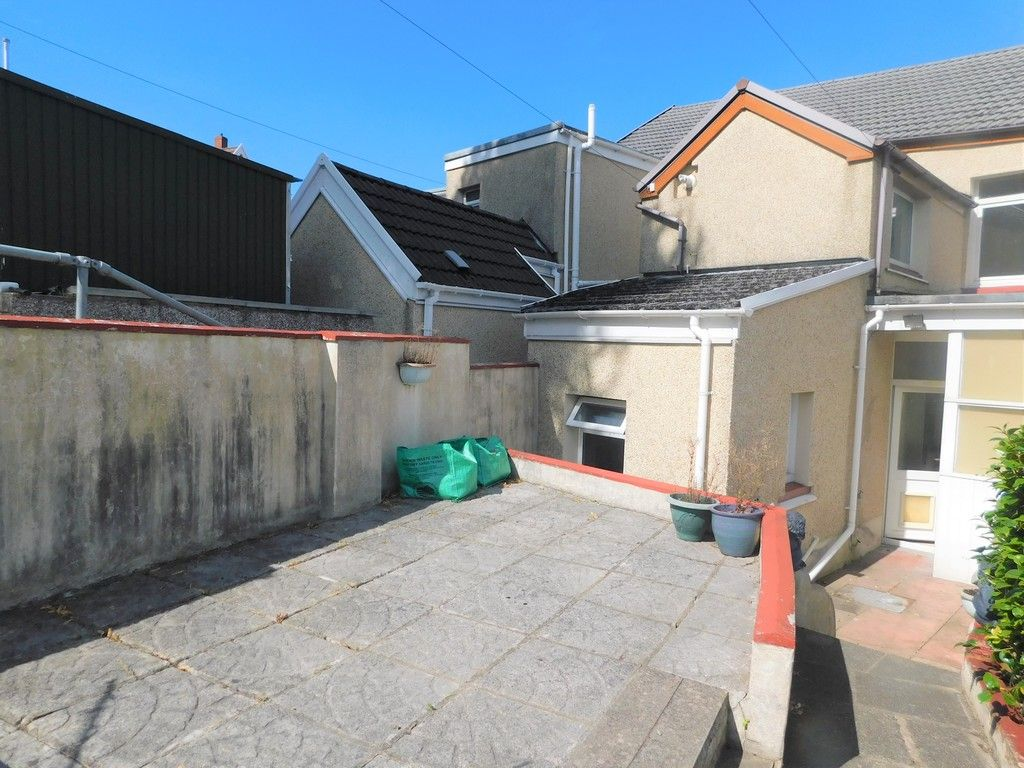 3 bed house for sale in George Street, Neath 17