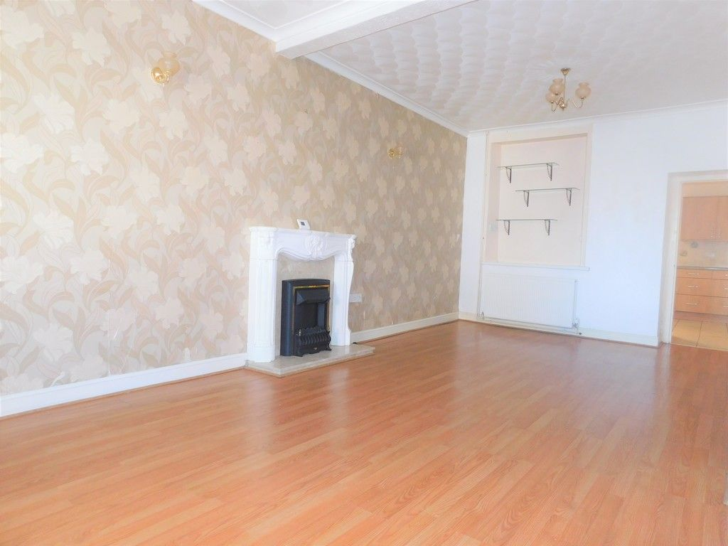 3 bed house for sale in George Street, Neath 3