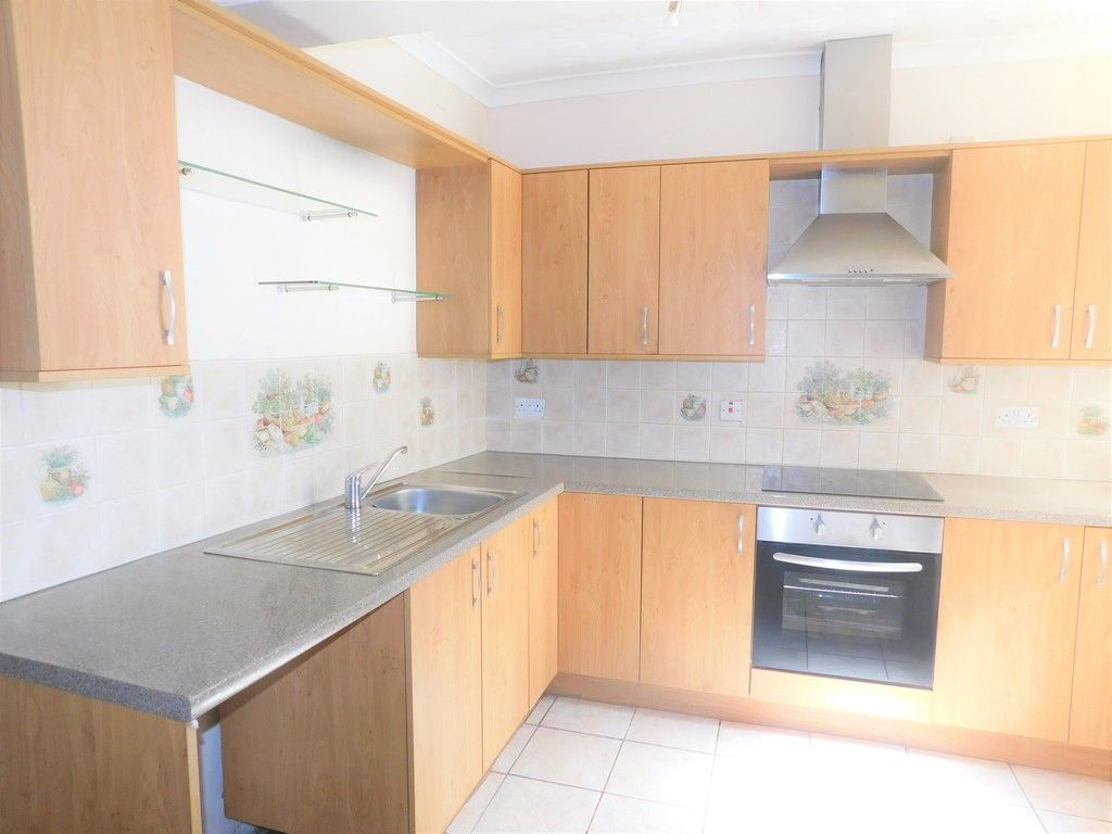3 bed house for sale in George Street, Neath 5
