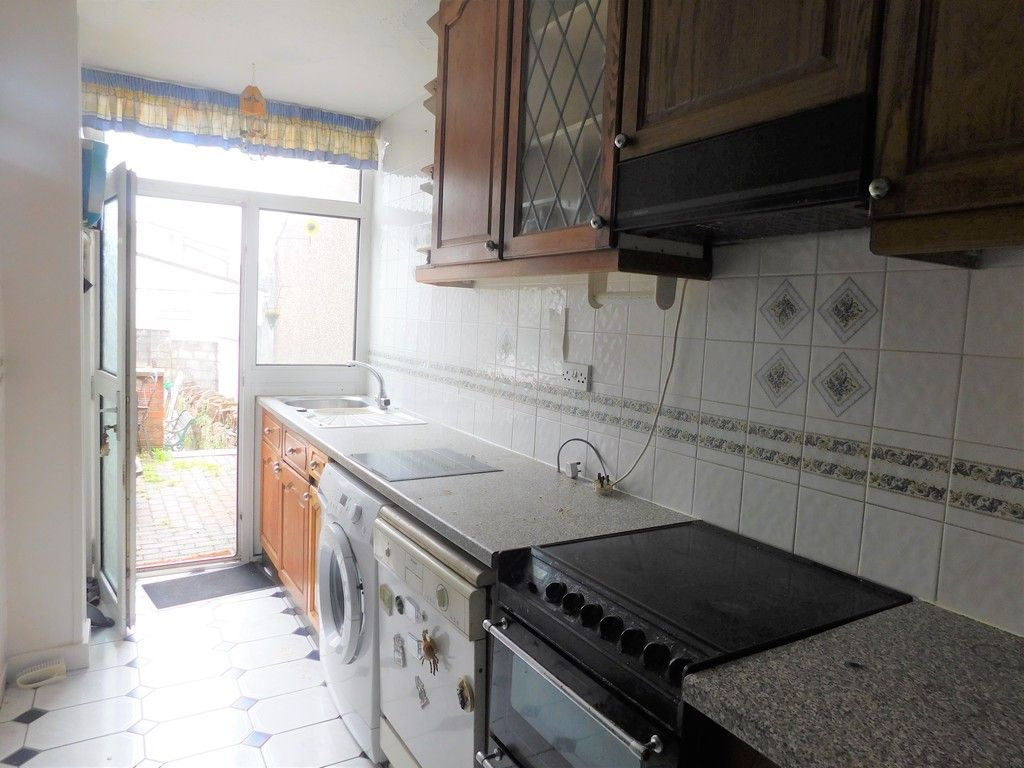 3 bed house for sale in Alexander Road, Briton Ferry, Neath 13
