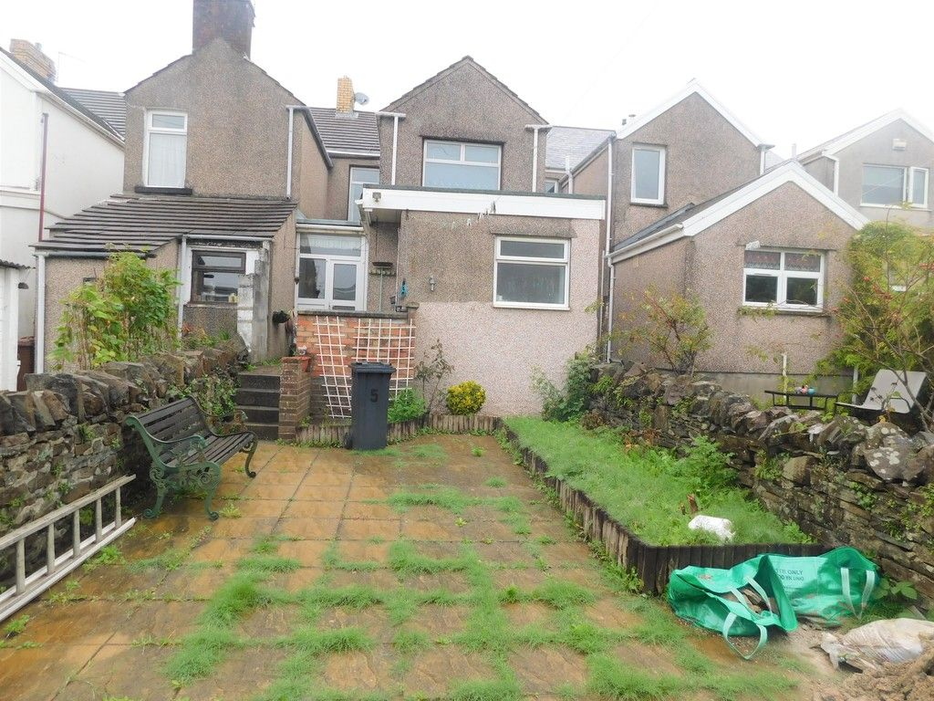 3 bed house for sale in Alexander Road, Briton Ferry, Neath  - Property Image 15