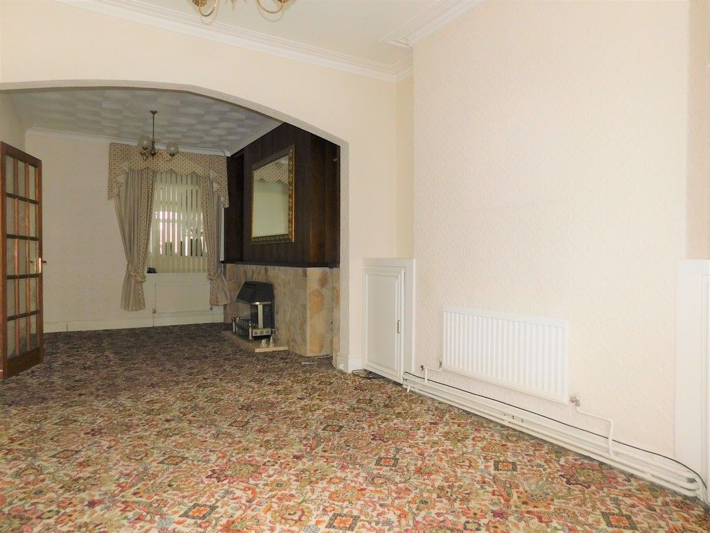 3 bed house for sale in Alexander Road, Briton Ferry, Neath  - Property Image 3