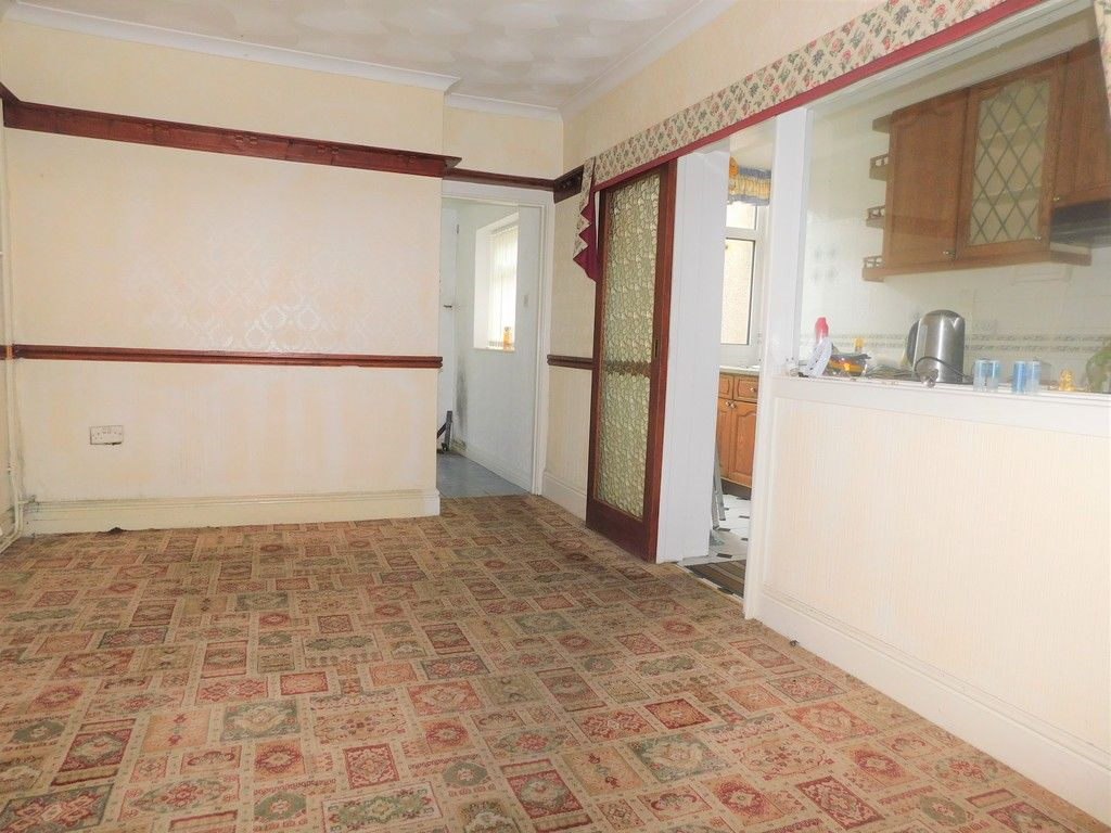 3 bed house for sale in Alexander Road, Briton Ferry, Neath 5