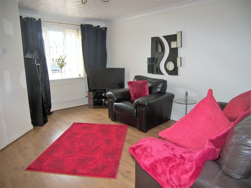 3 bed house for sale in Bryn Gorsedd, Bridgend  - Property Image 2