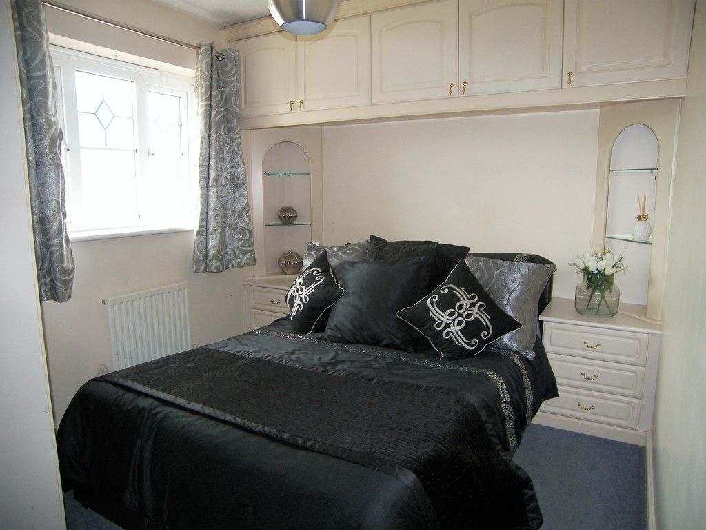 3 bed house for sale in Bryn Gorsedd, Bridgend 6