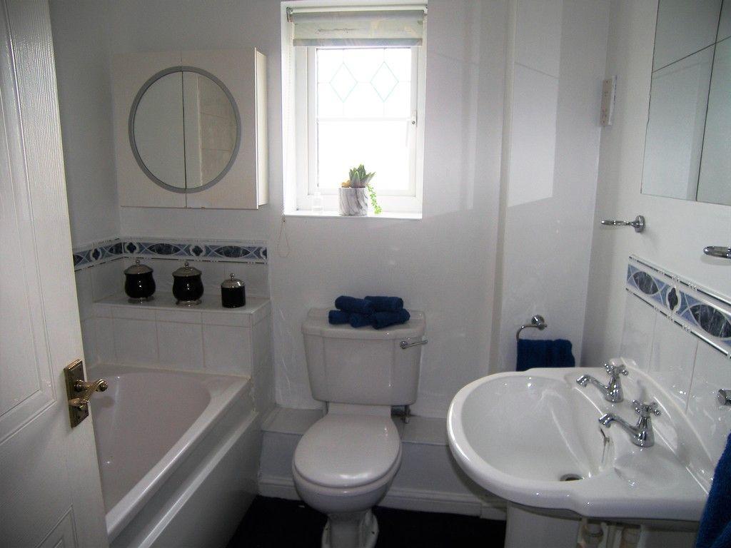 3 bed house for sale in Bryn Gorsedd, Bridgend 8
