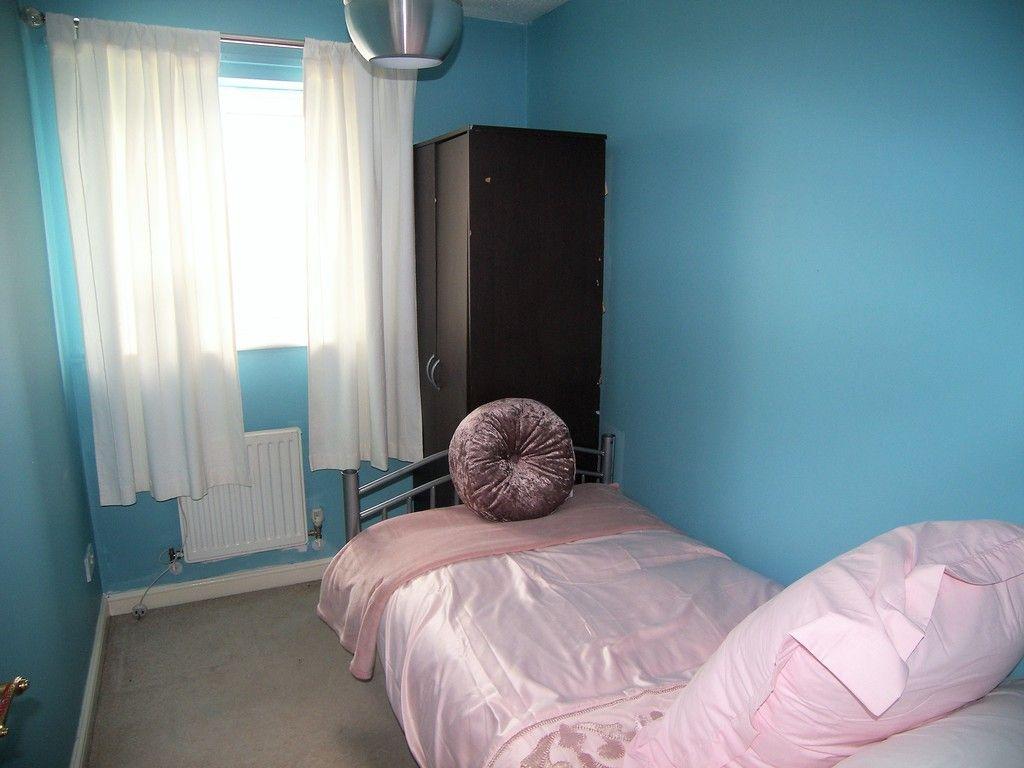 3 bed house for sale in Bryn Gorsedd, Bridgend 10