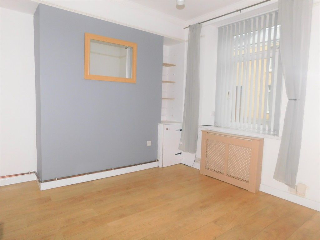 2 bed house for sale in Henry Street, Neath 2