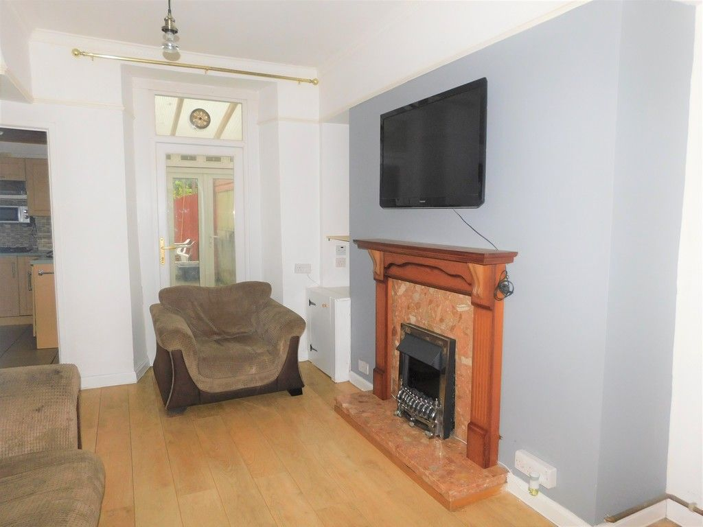 2 bed house for sale in Henry Street, Neath 3