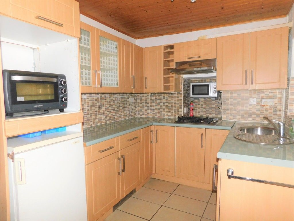 2 bed house for sale in Henry Street, Neath 5