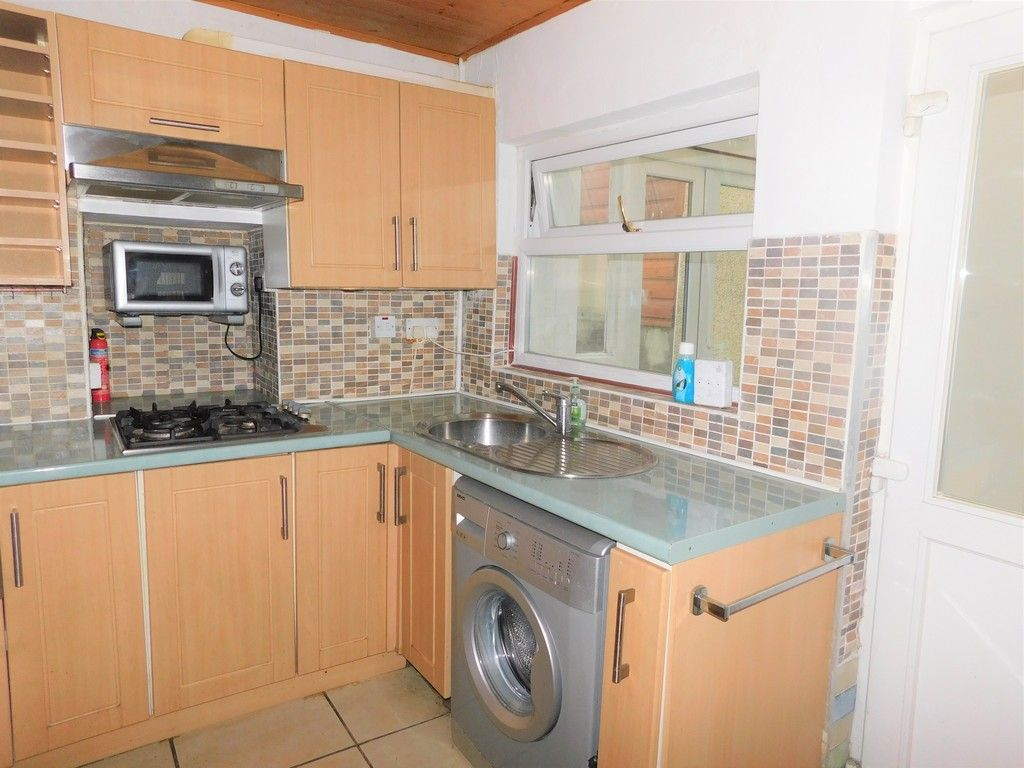 2 bed house for sale in Henry Street, Neath 6