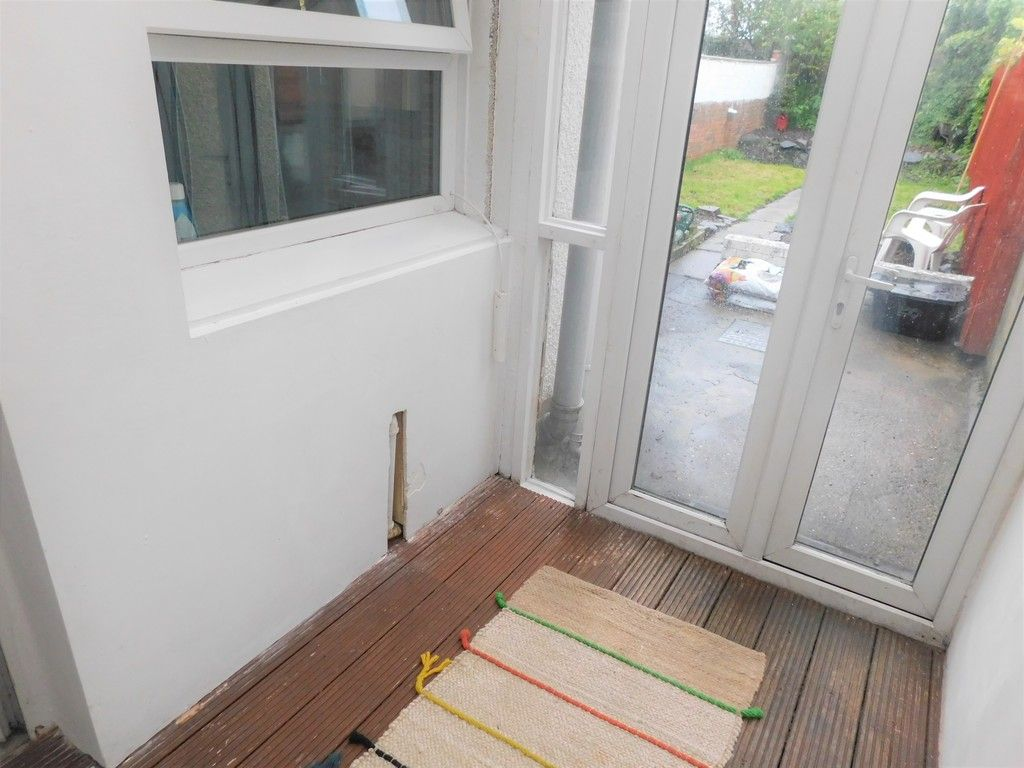 2 bed house for sale in Henry Street, Neath 7