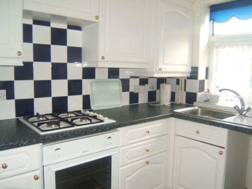 2 bed house for sale in 9 Willet Close, Neath 3