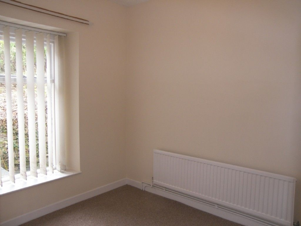 2 bed house for sale in Uplands Terrace, Morriston, Swansea 8