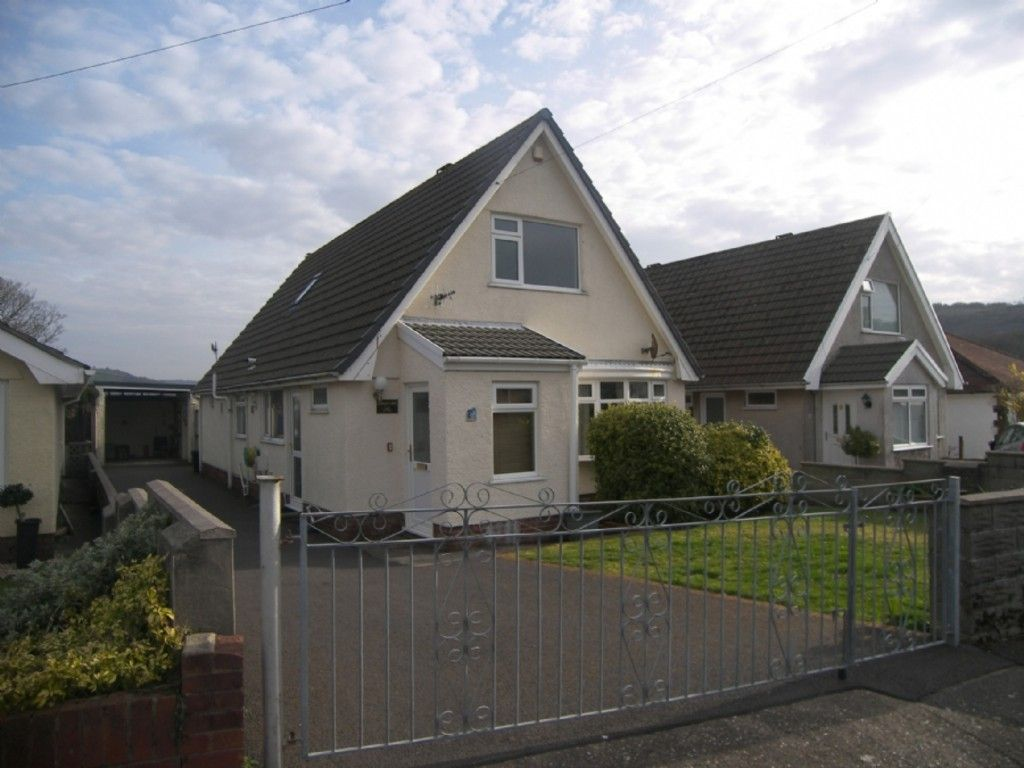 4 bed house for sale in Cefn Road, Glais, Swansea  - Property Image 1