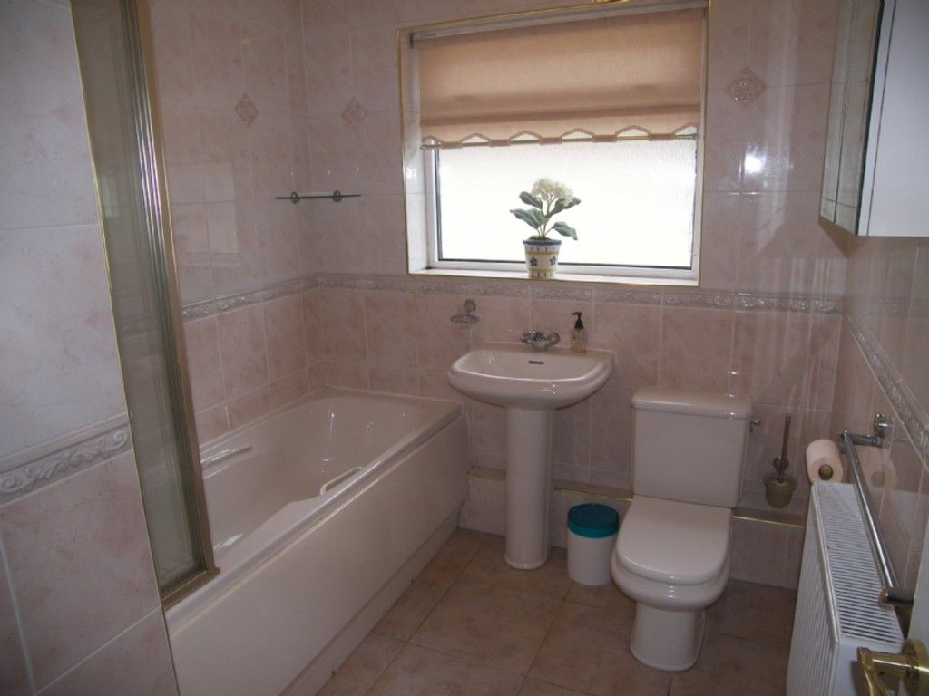 4 bed house for sale in Cefn Road, Glais, Swansea  - Property Image 5