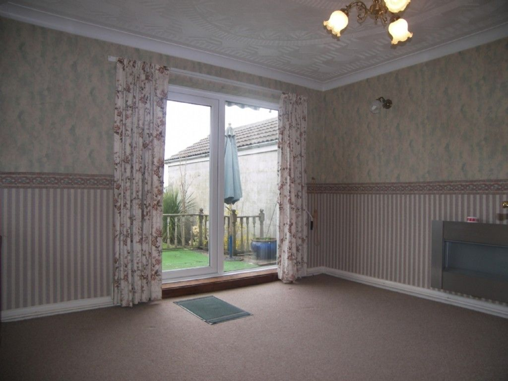 4 bed house for sale in Cefn Road, Glais, Swansea 6