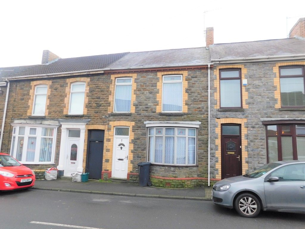 4 bed house for sale in Burrows Road, Skewen, Neath, SA10