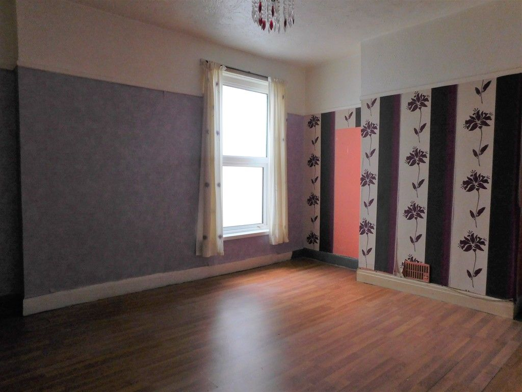 4 bed house for sale in Burrows Road, Skewen, Neath  - Property Image 13