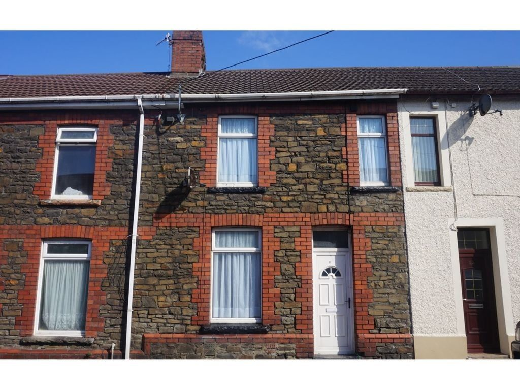 3 bed house for sale in Cross Street, Resolven, Neath - Property Image 1