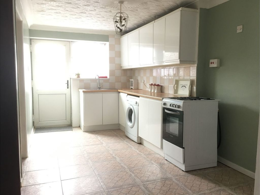 3 bed house for sale in Cross Street, Resolven, Neath 4