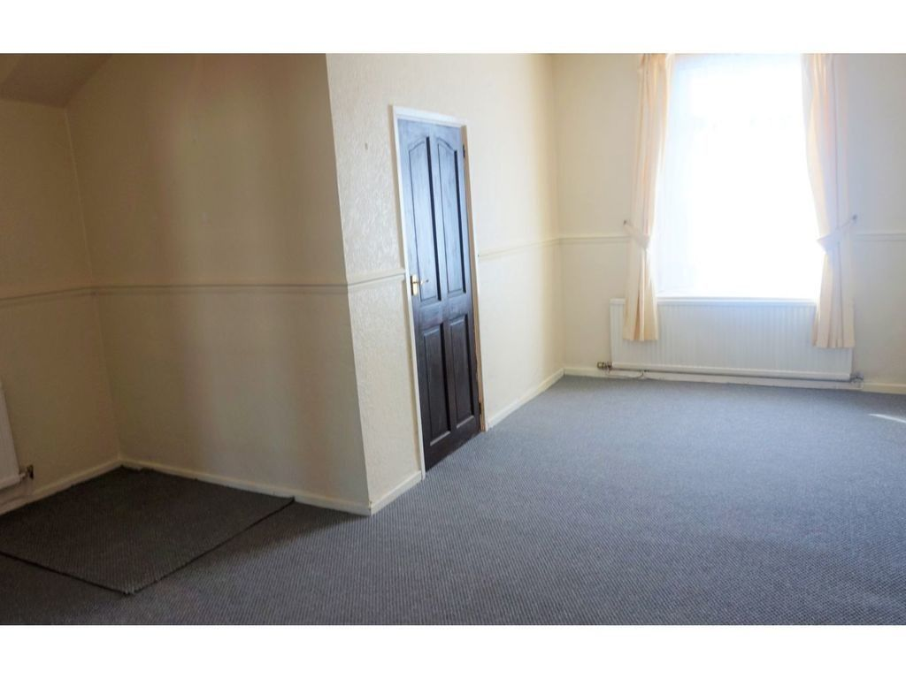 3 bed house for sale in Cross Street, Resolven, Neath  - Property Image 8