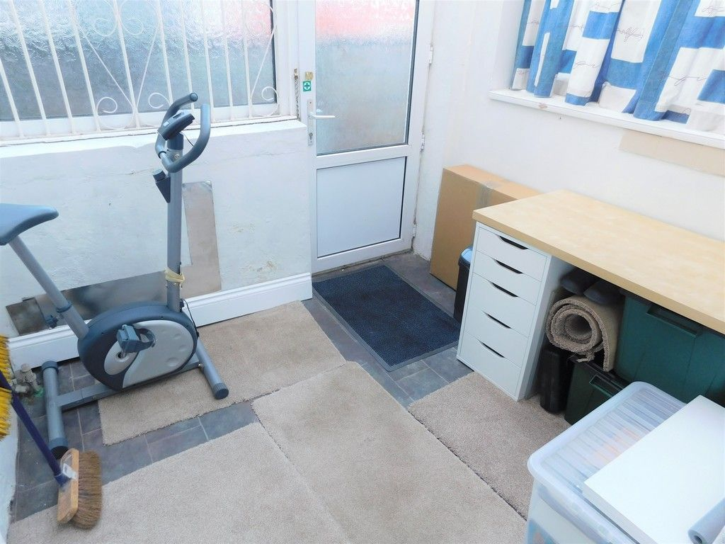 3 bed house for sale in Winifred Road, Neath  - Property Image 11