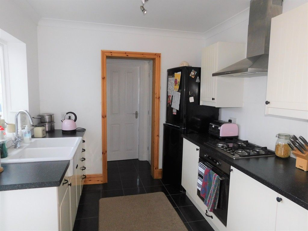 3 bed house for sale in Winifred Road, Neath 6