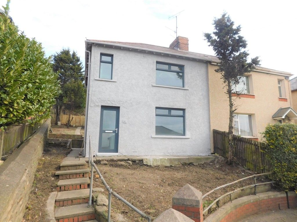 3 bed house for sale in Lansbury Avenue, Port Talbot, SA13