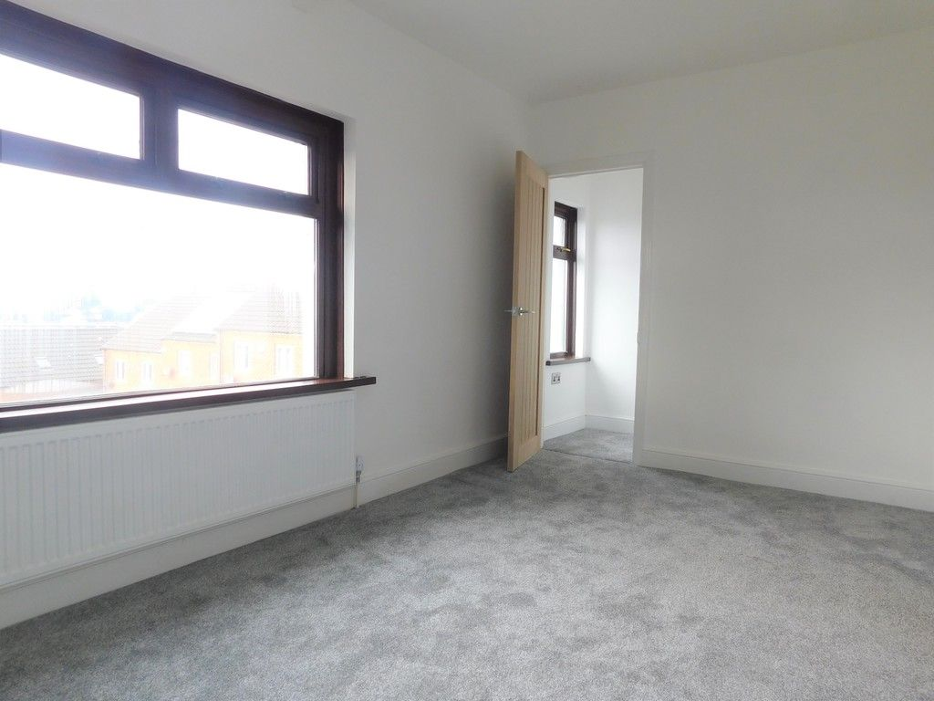 3 bed house for sale in Lansbury Avenue, Port Talbot 12