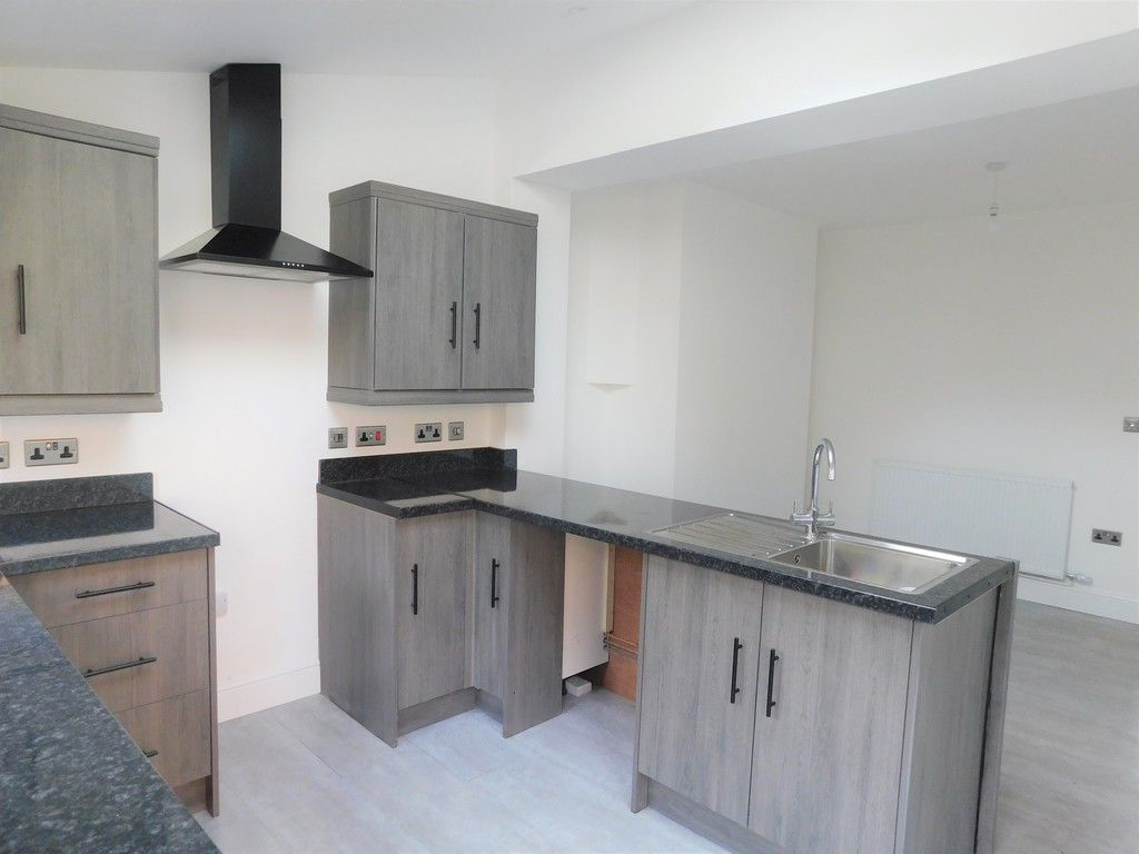 3 bed house for sale in Lansbury Avenue, Port Talbot  - Property Image 3