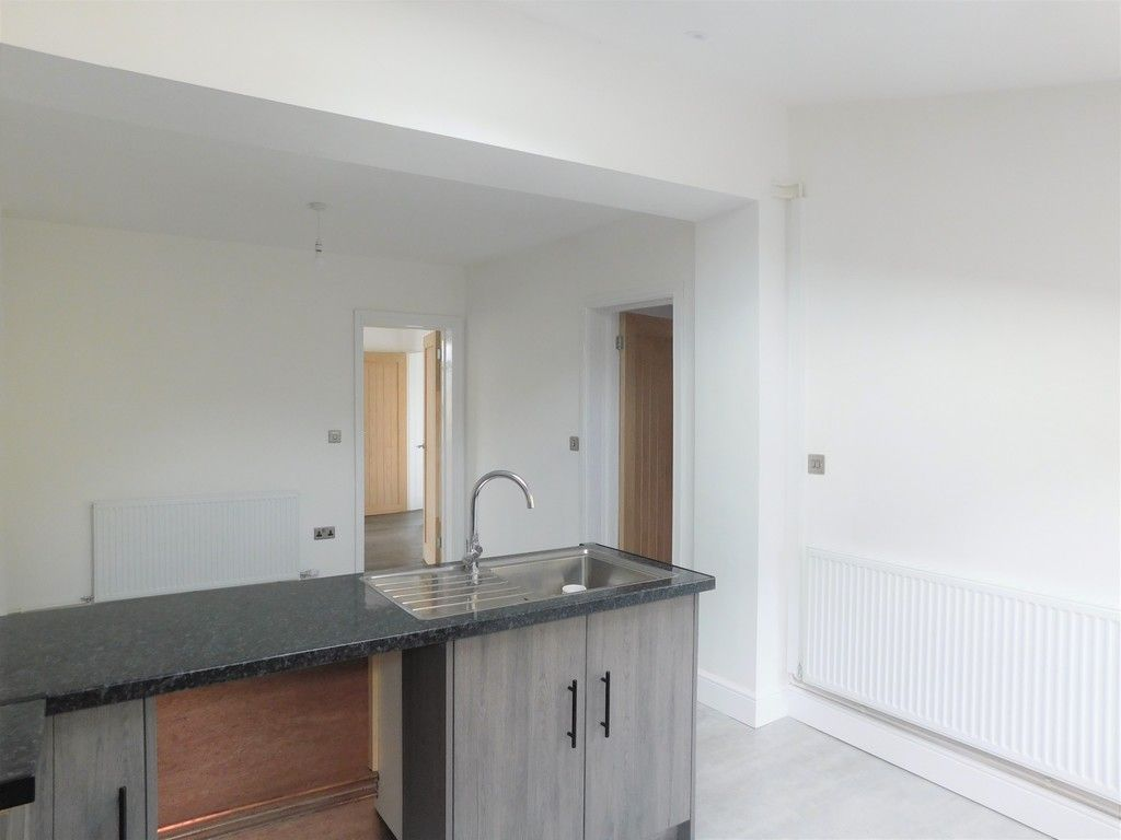 3 bed house for sale in Lansbury Avenue, Port Talbot 5