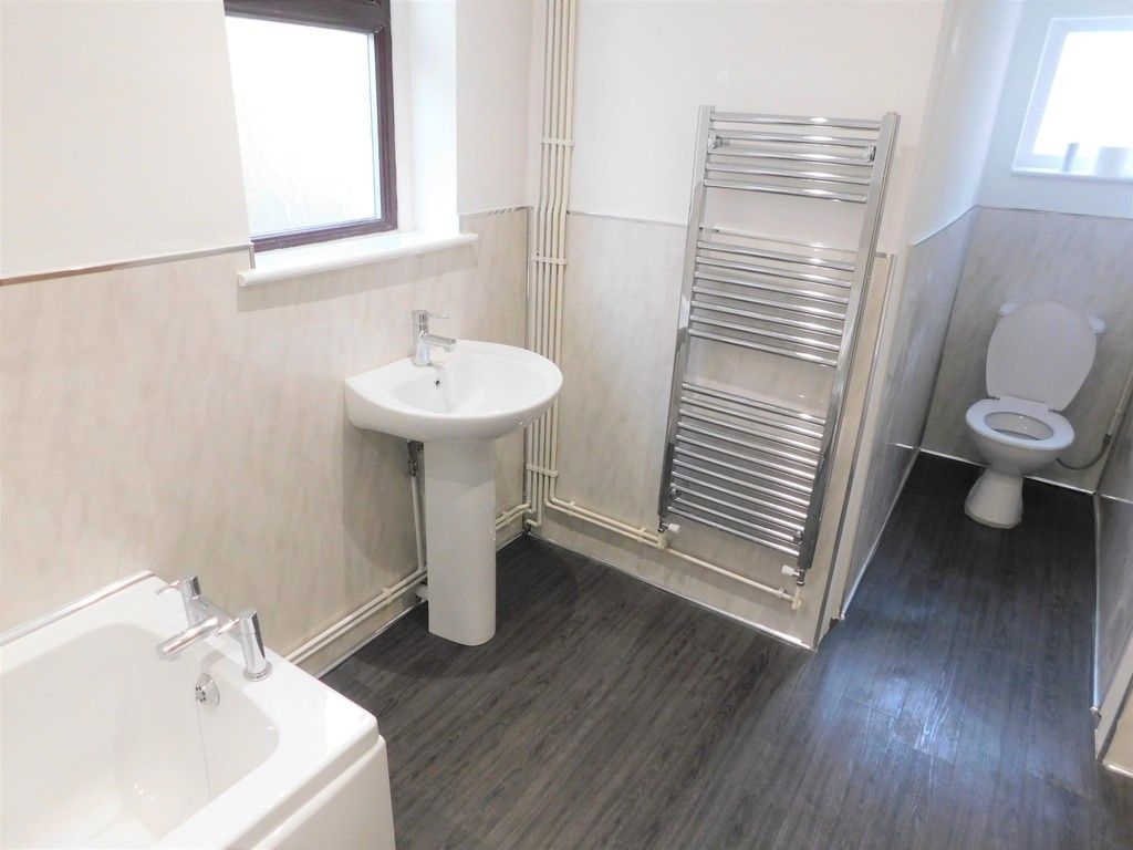 3 bed house for sale in Lansbury Avenue, Port Talbot  - Property Image 10