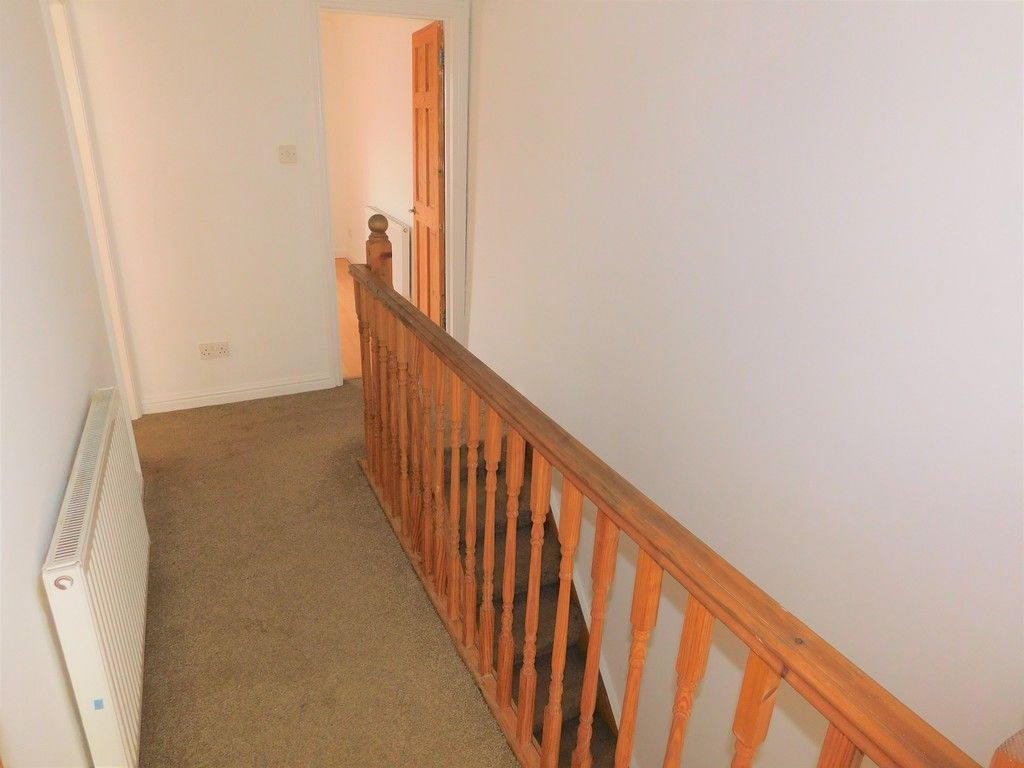 2 bed house for sale in Old Road, Neath 4