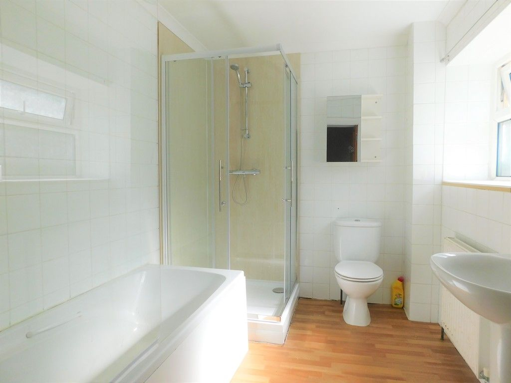 2 bed house for sale in Old Road, Neath 5