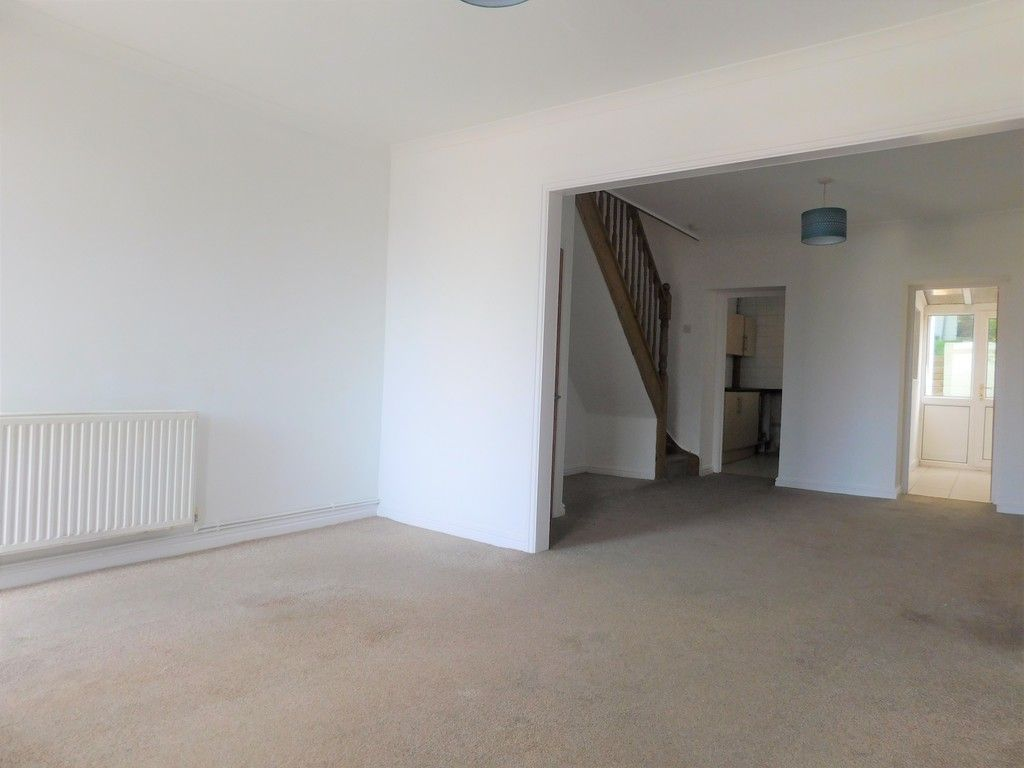 2 bed house for sale in Old Road, Neath 9