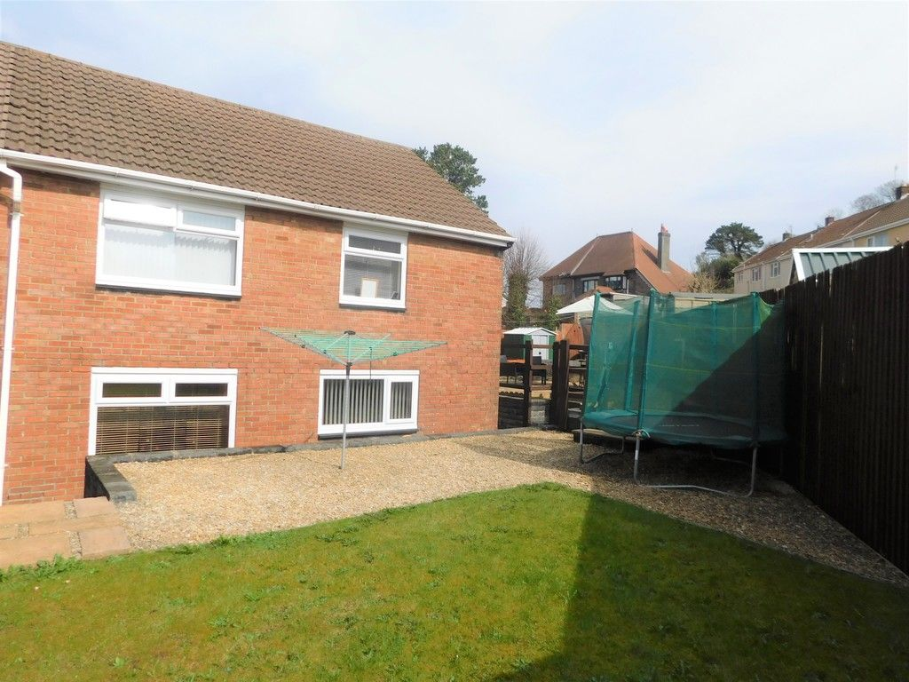 4 bed house for sale in Forest View, Neath 17