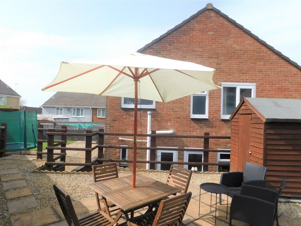 4 bed house for sale in Forest View, Neath 19