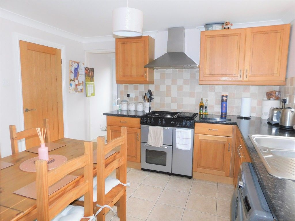 4 bed house for sale in Forest View, Neath 4