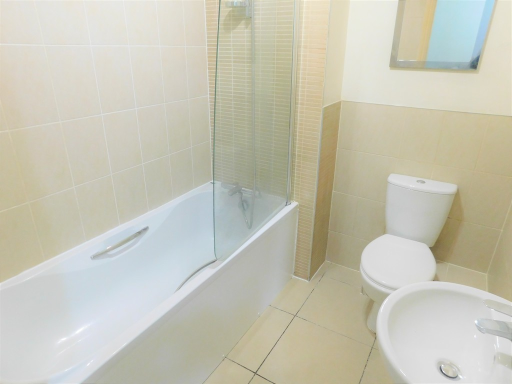 1 bed flat for sale in Crown Way, Llandarcy 8