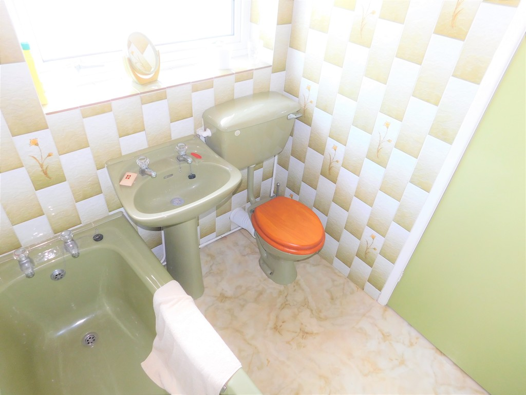 3 bed house for sale in School Road, Crynant, Neath  - Property Image 13