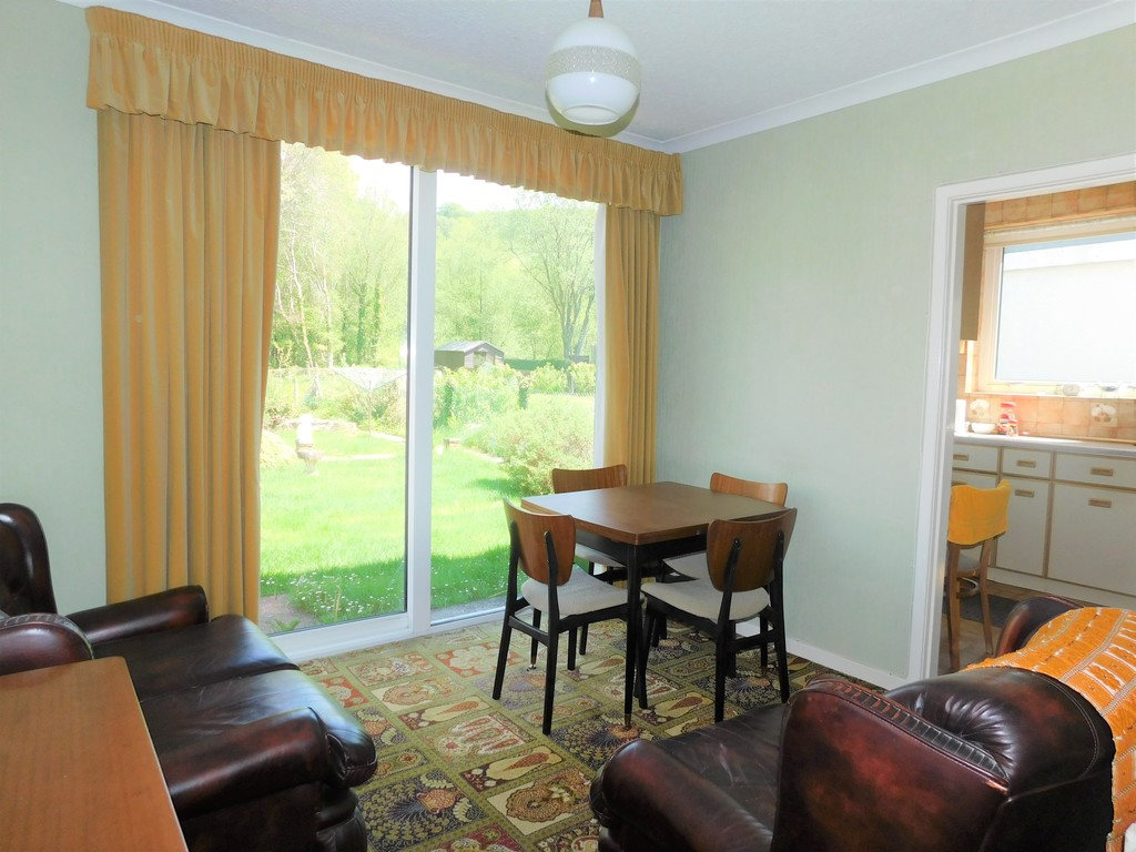3 bed house for sale in School Road, Crynant, Neath 4