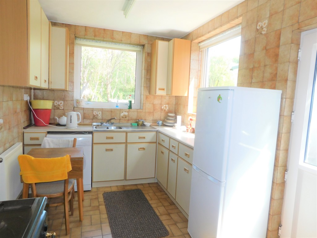 3 bed house for sale in School Road, Crynant, Neath 6