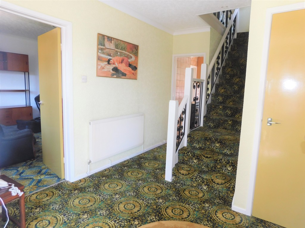 3 bed house for sale in School Road, Crynant, Neath 9