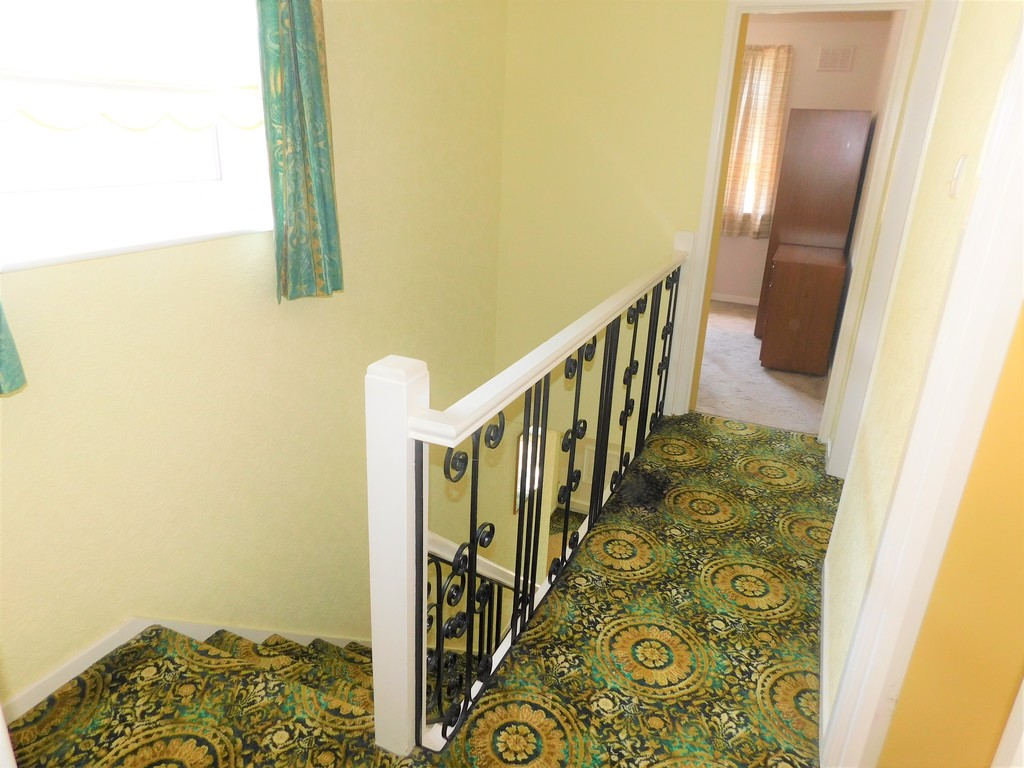 3 bed house for sale in School Road, Crynant, Neath 10
