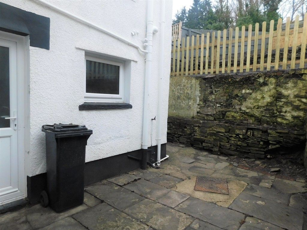 3 bed house for sale in Old Road, Neath  - Property Image 14
