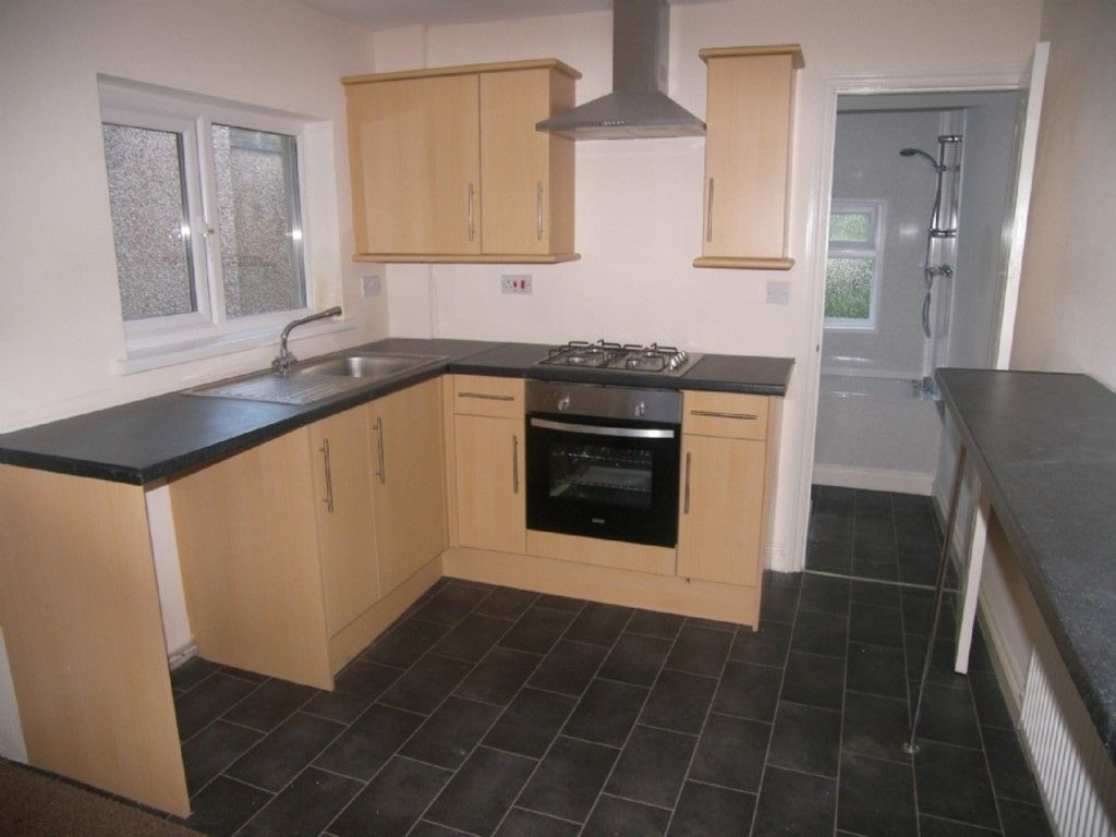 3 bed house for sale in Burrows Road, Neath 3